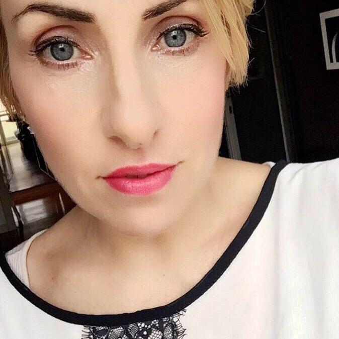 brownstone eyeshadow