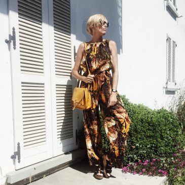 SUMMER JUMPSUIT | Romantic florals